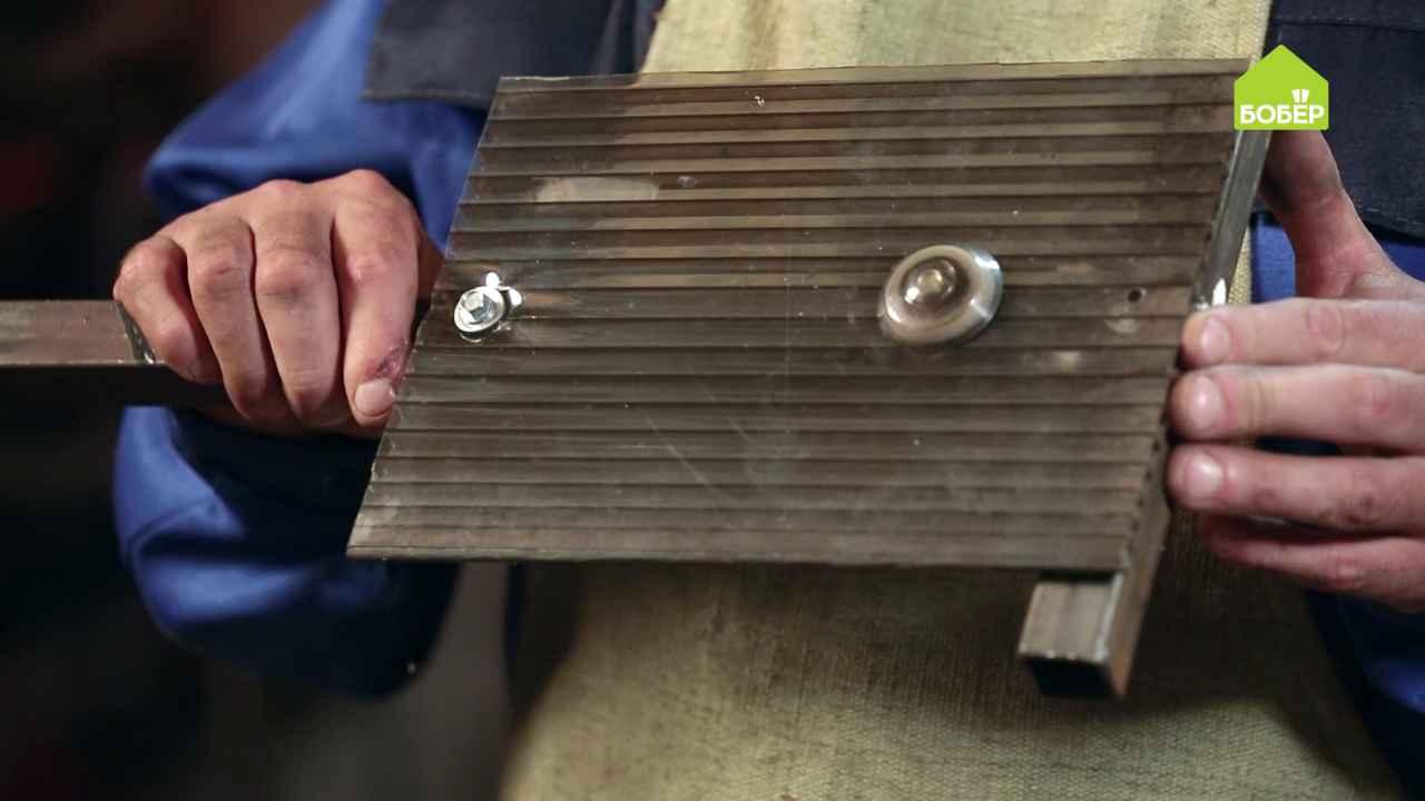 Как правильно крепить поликарбонат к профильным трубам