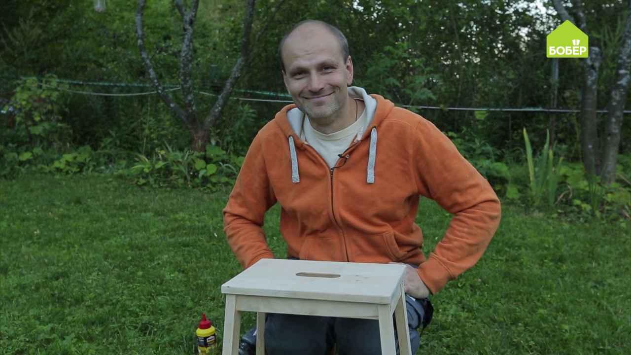 Два способа устранить мелкие вмятины на деревянной поверхности