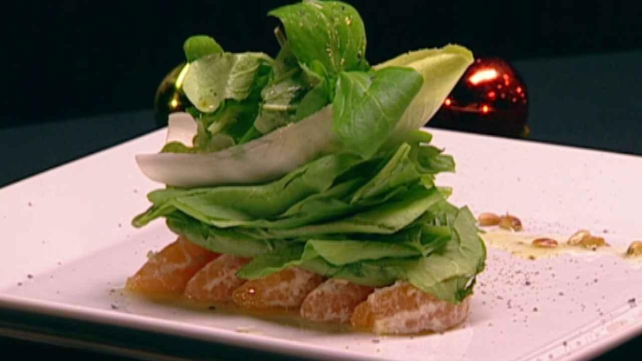 Салат с цитрусовыми и шпинатом
