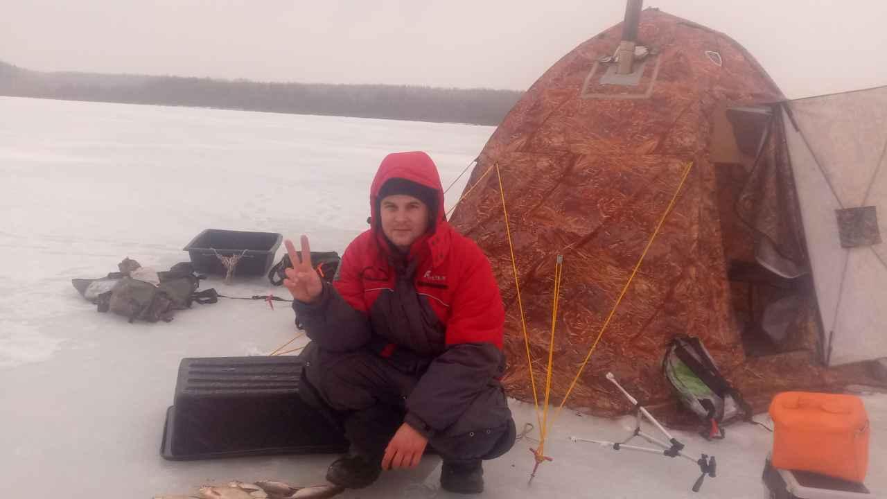 Рыбалка с ночёвкой на льду