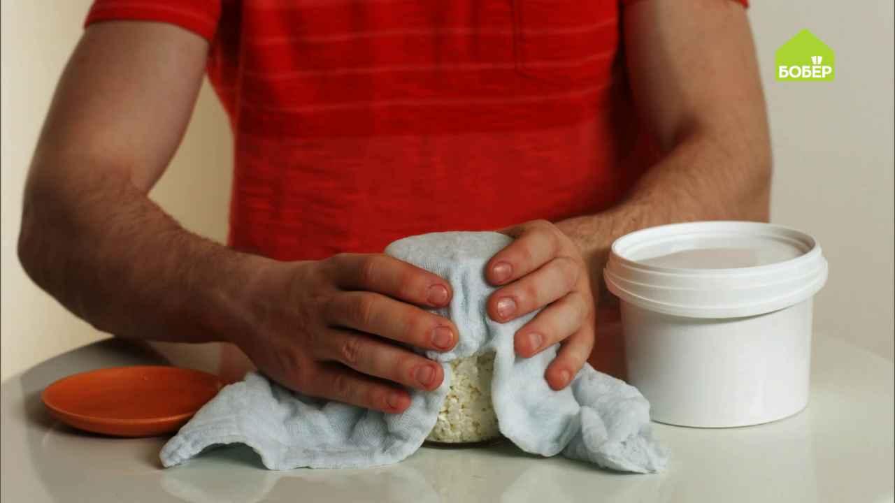 Лайфхаки дачные: делаем стеллаж из канистр и храним продукты без холодильника