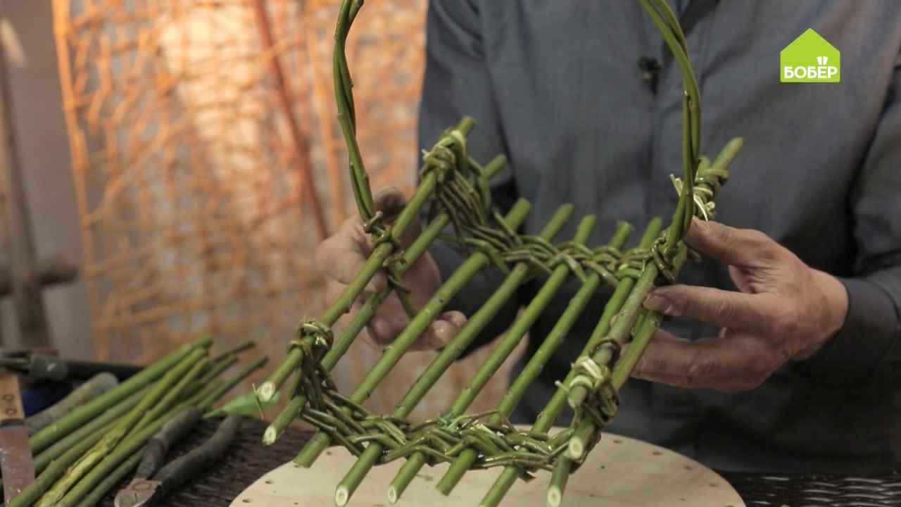 Корзинка для ленивых из ивовых прутьев