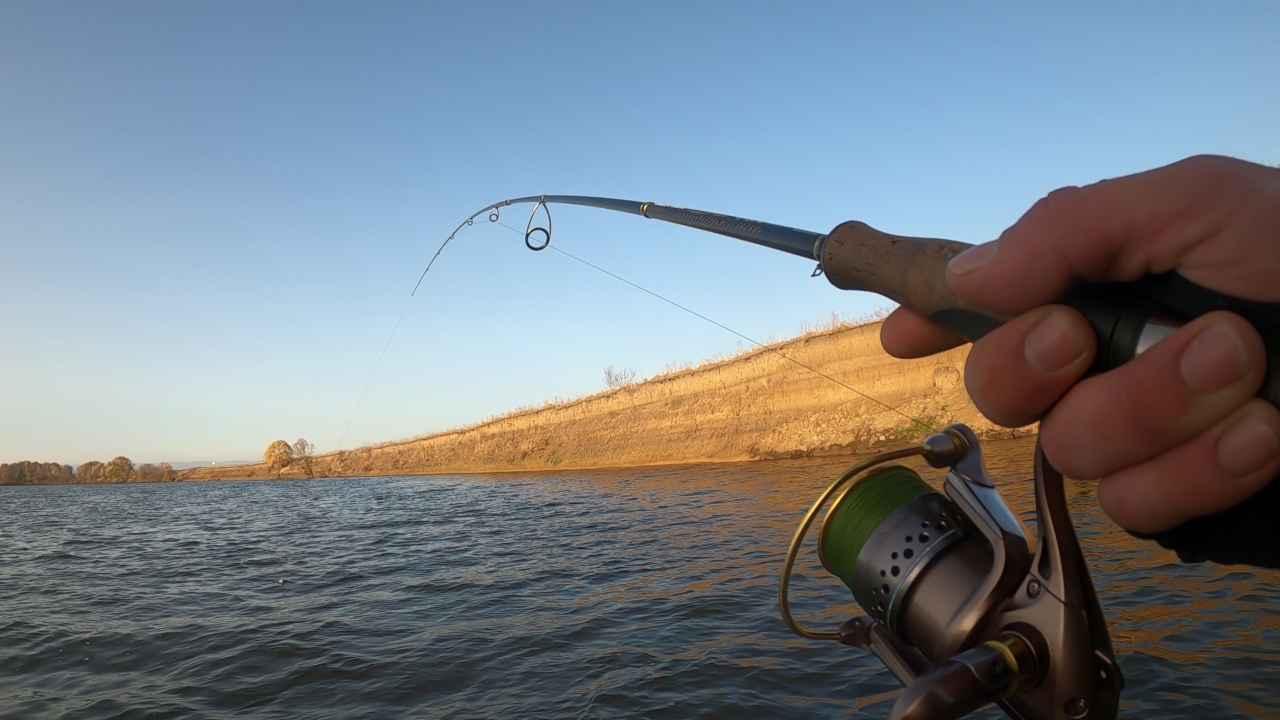 Рыбалка на реке с ночёвкой