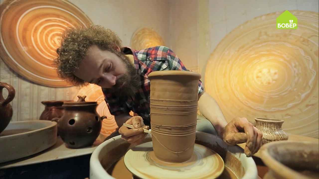 Создаём узор и фактуру на глиняном горшочке