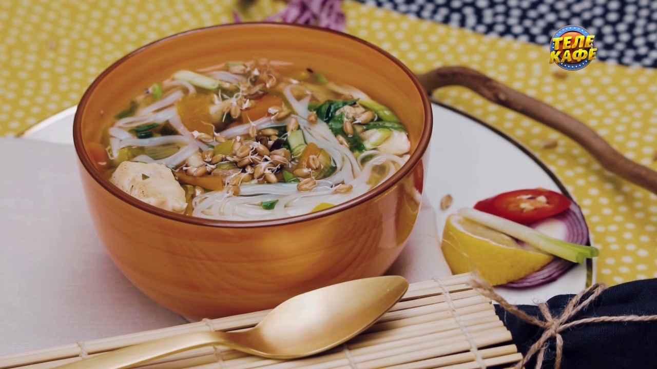 Фо — вьетнамский суп с лапшой