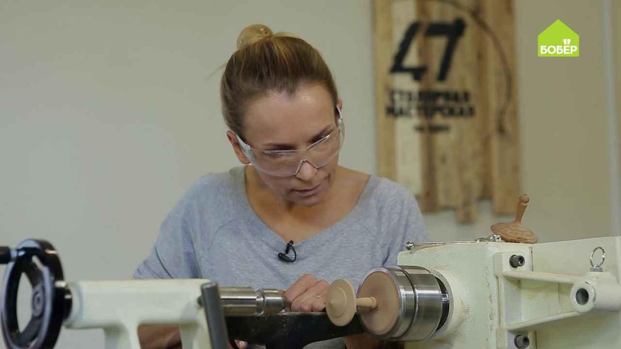 Как украсить деревянные изделия рельефным рисунком с помощью вибрации