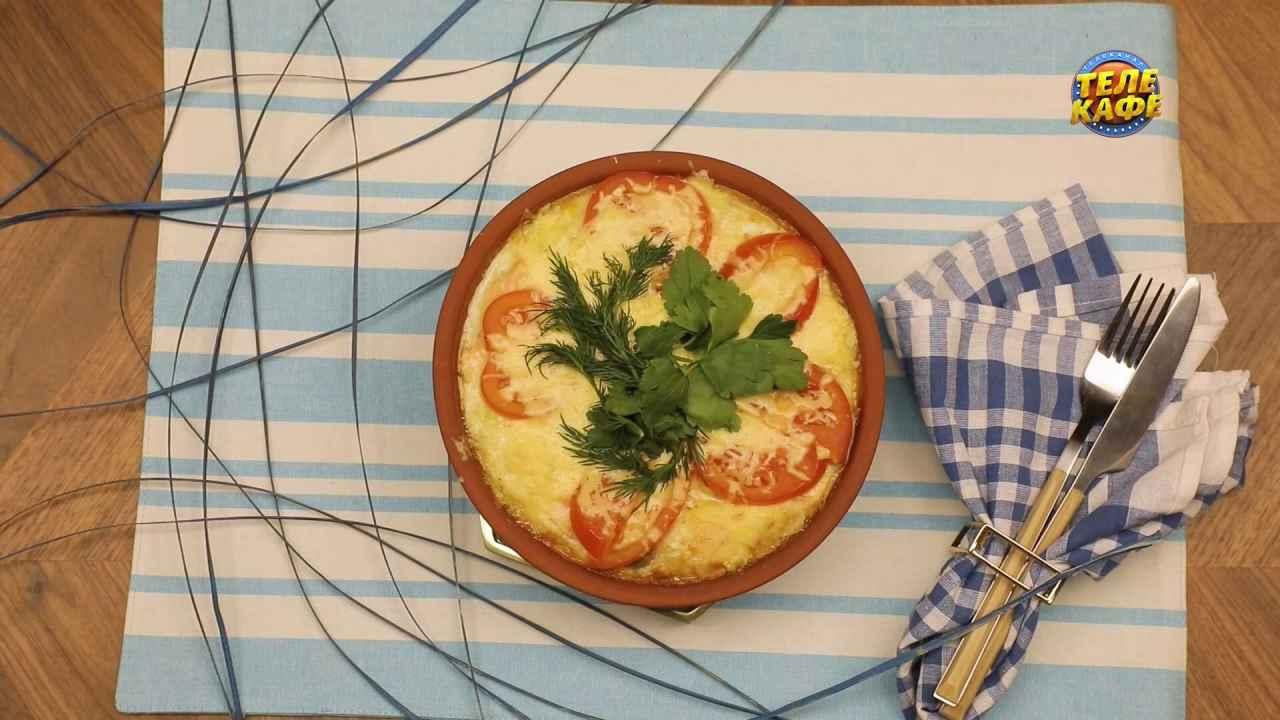 Запечённый омлет с лососем и овощами