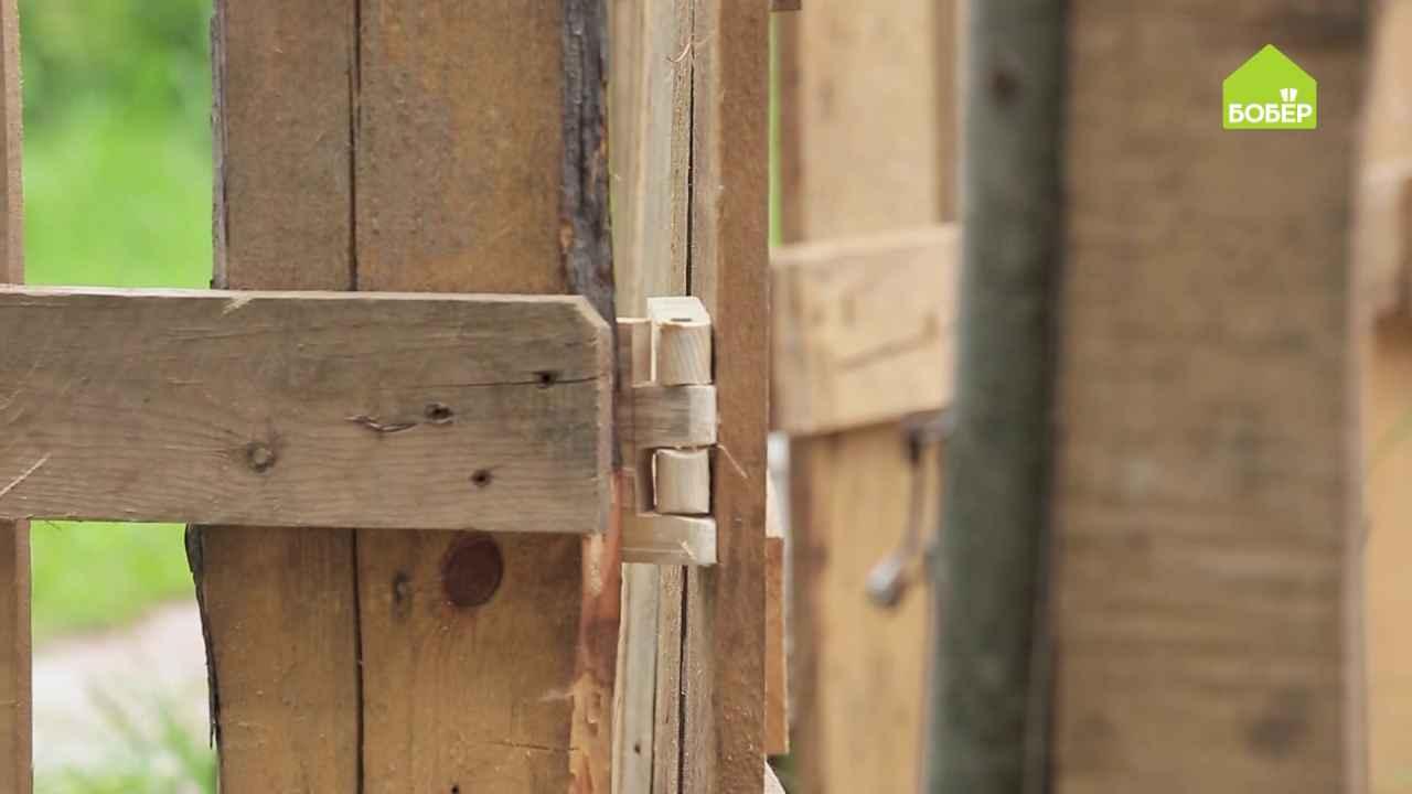 Деревянные петли для двери своими руками
