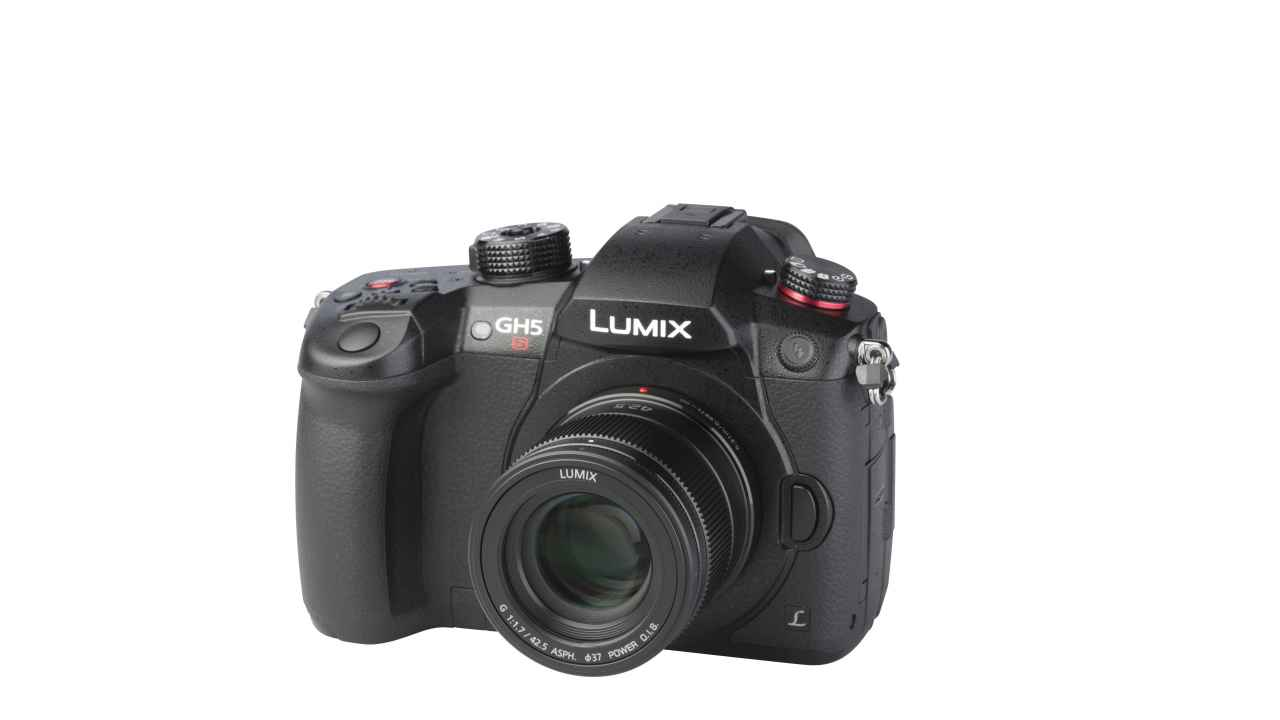 Panasonic LUMIX DC-GH5S + LUMIX G 42.5mm 1:1.7 ASPH. POWER O.I.S.